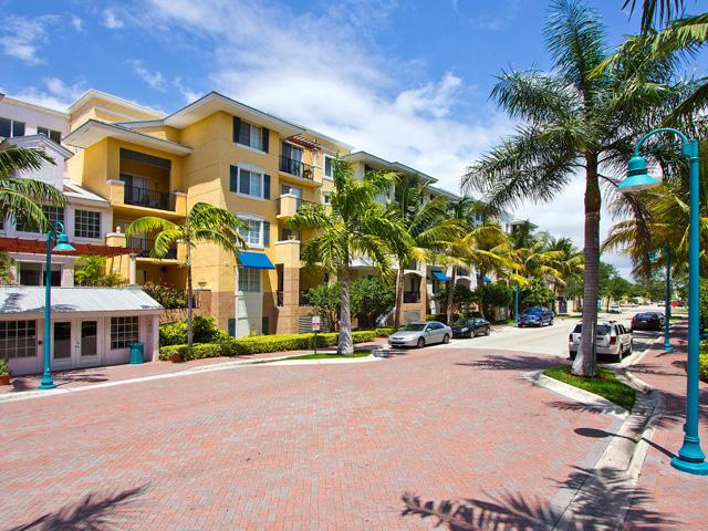 250 NE 3rd Ave #219, Delray Beach, FL 33444 (#RX-10346364) :: Ryan Jennings Group