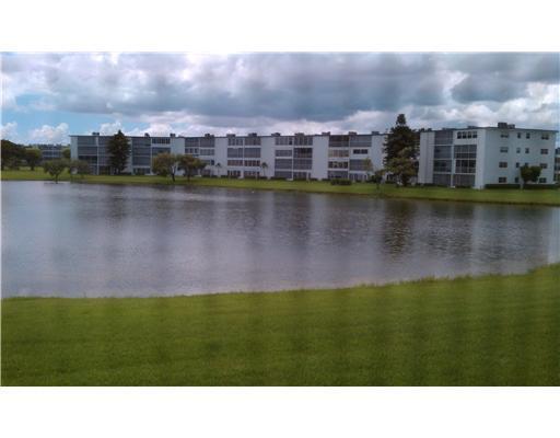 1046 Cornwall C, Boca Raton, FL 33434 (#RX-10351028) :: Keller Williams
