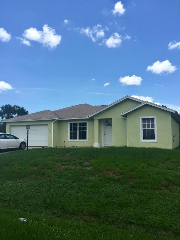 4232 SW Baltic Street, Port Saint Lucie, FL 34953 (#RX-10352125) :: Keller Williams
