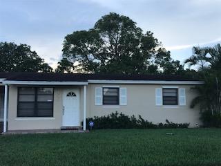 9455 Bloomfield Drive, Palm Beach Gardens, FL 33410 (#RX-10360255) :: The Carl Rizzuto Sales Team