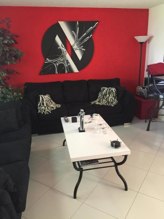 202 Saxony E, Delray Beach, FL 33446 (#RX-10360266) :: The Carl Rizzuto Sales Team