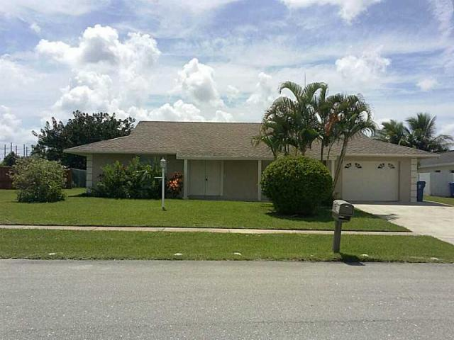 106 Paseo Court, Royal Palm Beach, FL 33411 (#RX-10360267) :: The Carl Rizzuto Sales Team