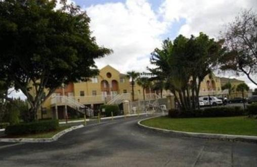 5200 NW 31st Av #24, Fort Lauderdale, FL 33309 (#RX-10363624) :: Keller Williams