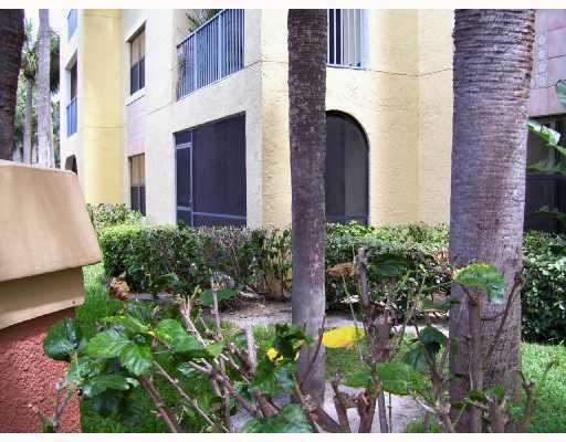 800 Uno Lago Drive #102, Juno Beach, FL 33408 (#RX-10366299) :: Amanda Howard Real Estate