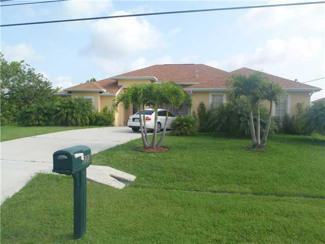 233 SW Whitmore Drive, Port Saint Lucie, FL 34984 (#RX-10375464) :: The Carl Rizzuto Sales Team