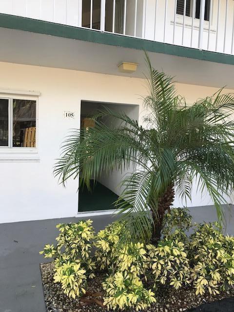 6 Garden Street #104, Tequesta, FL 33469 (#RX-10383033) :: Amanda Howard Real Estate™