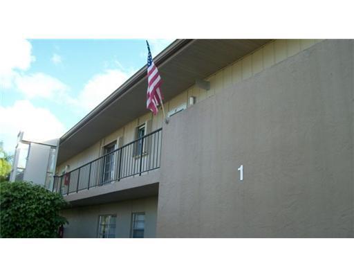 1 Golfs Edge B -, West Palm Beach, FL 33417 (#RX-10384076) :: The Haigh Group | Keller Williams Realty