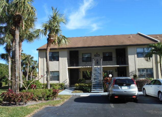 3528 Featherwood Drive #221, Lake Worth, FL 33467 (#RX-10389741) :: Ryan Jennings Group