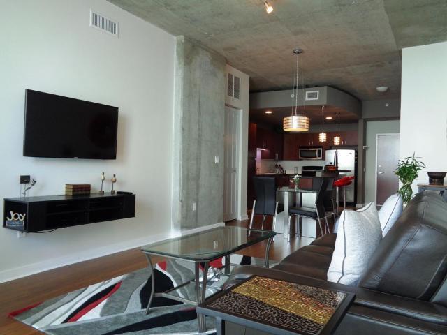 300 S Australian Avenue #912, West Palm Beach, FL 33401 (#RX-10396612) :: Ryan Jennings Group