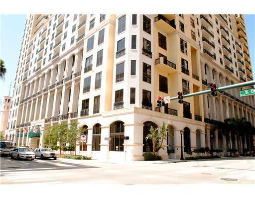 801 S Olive Avenue #401, West Palm Beach, FL 33401 (#RX-10397072) :: The Carl Rizzuto Sales Team