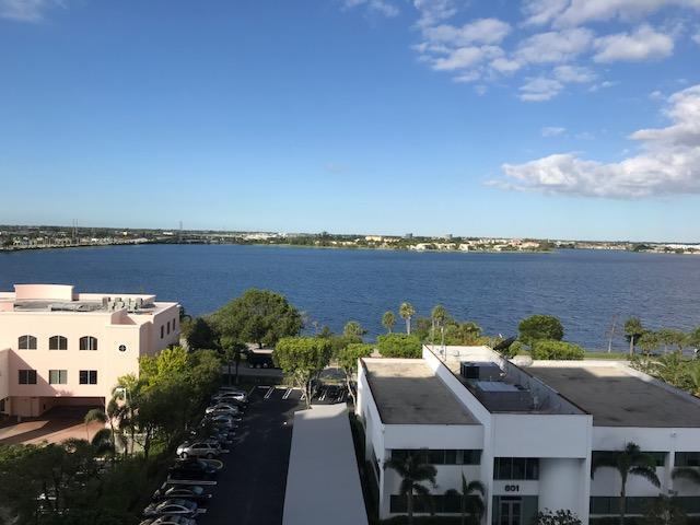 616 Clearwater Park Road #310, West Palm Beach, FL 33401 (#RX-10397352) :: Ryan Jennings Group