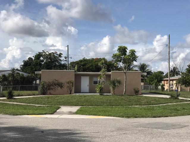 471 Owosso Road, Lake Worth, FL 33462 (#RX-10397571) :: United Realty Consultants, Inc
