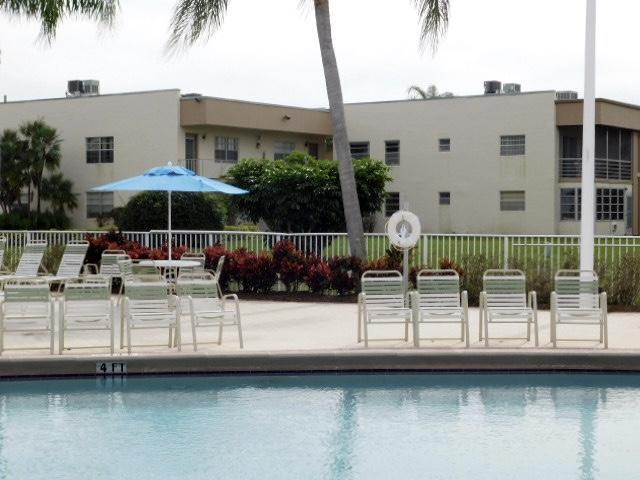 518 Burgundy K #518, Delray Beach, FL 33484 (#RX-10397669) :: United Realty Consultants, Inc