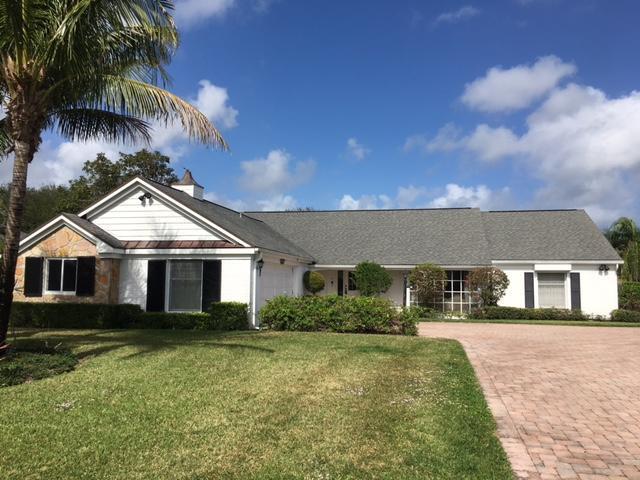 115 SE Turtle Creek Drive, Tequesta, FL 33469 (#RX-10405233) :: The Carl Rizzuto Sales Team