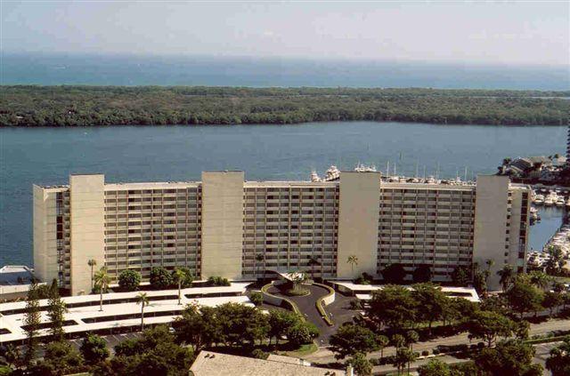 126 Lakeshore Drive #727, North Palm Beach, FL 33408 (#RX-10405246) :: The Carl Rizzuto Sales Team
