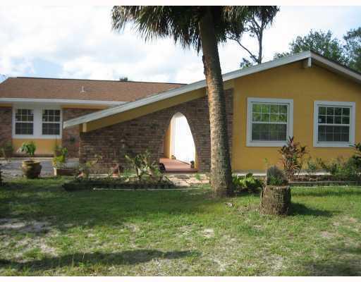 11970 Willis Road, Fort Pierce, FL 34945 (#RX-10406815) :: The Carl Rizzuto Sales Team