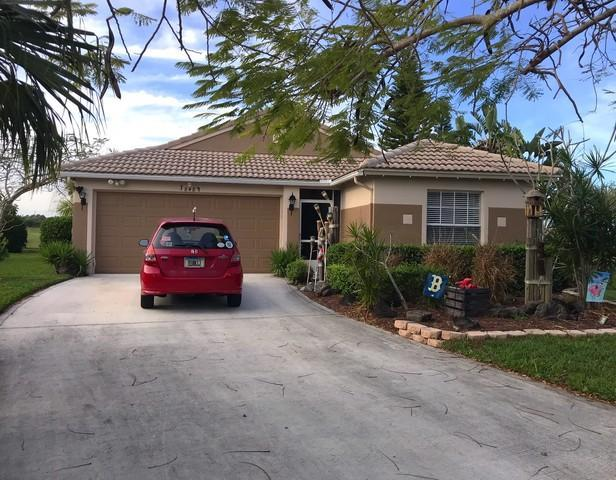 848 NW Greenwich Court, Port Saint Lucie, FL 34983 (#RX-10407084) :: The Carl Rizzuto Sales Team