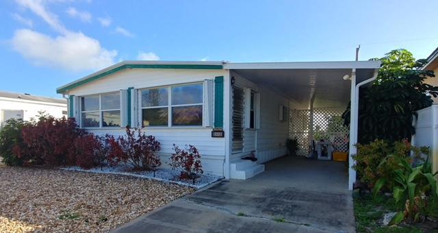 8277 SE Swan Avenue, Hobe Sound, FL 33455 (#RX-10407486) :: The Haigh Group | Keller Williams Realty