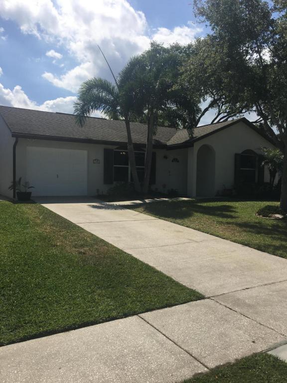 127 Lakeside Circle, Jupiter, FL 33458 (#RX-10415080) :: The Carl Rizzuto Sales Team
