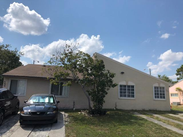 590 NW 53rd Avenue, Delray Beach, FL 33445 (#RX-10416602) :: United Realty Consultants, Inc