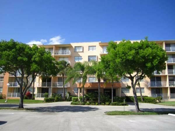 500 Executive Center Drive 2-E, West Palm Beach, FL 33401 (#RX-10422871) :: Ryan Jennings Group