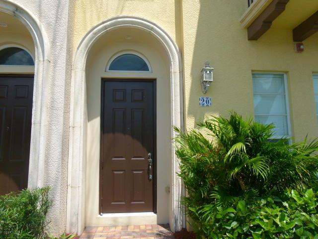 20 Via Floresta Drive, Boca Raton, FL 33487 (#RX-10429075) :: Ryan Jennings Group