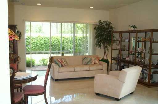 6351 Bella Circle #805, Boynton Beach, FL 33437 (#RX-10433101) :: Ryan Jennings Group
