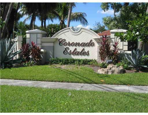 9869 Coronado Lake Drive, Boynton Beach, FL 33437 (#RX-10441242) :: Ryan Jennings Group