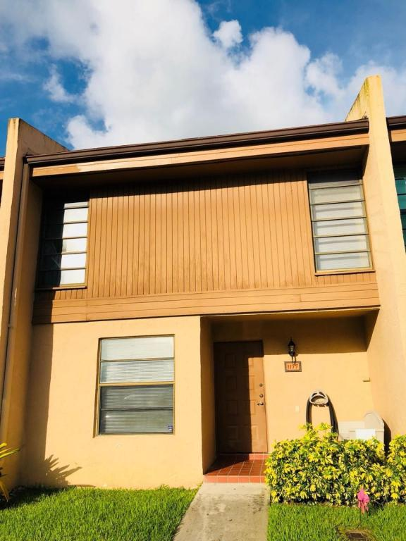 1177 NW 98 Terrace #132, Pembroke Pines, FL 33024 (#RX-10441520) :: United Realty Consultants, Inc