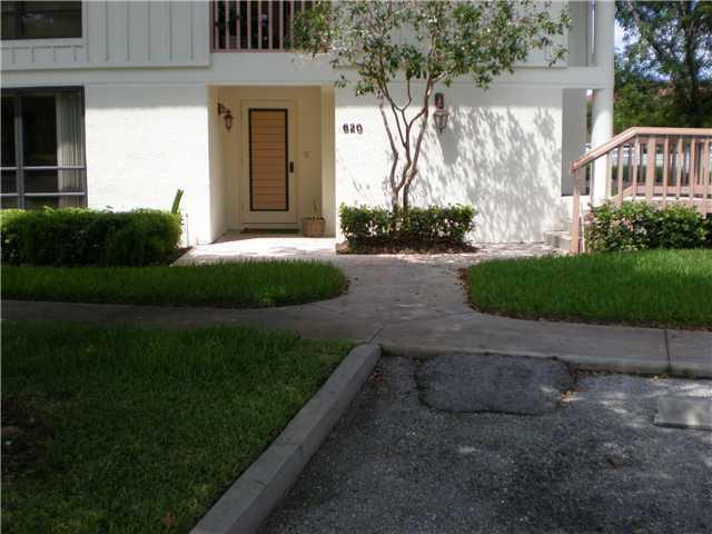 620 Brackenwood Cove, Palm Beach Gardens, FL 33418 (#RX-10442642) :: Ryan Jennings Group