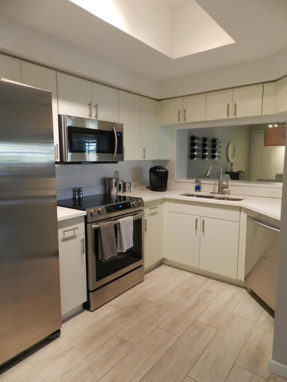3020 Alcazar Place #306, Palm Beach Gardens, FL 33410 (#RX-10444157) :: Ryan Jennings Group