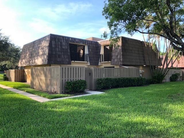 106 1st Court, Palm Beach Gardens, FL 33410 (#RX-10445035) :: Ryan Jennings Group