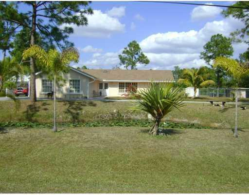 16087 E Stallion Drive, Loxahatchee, FL 33470 (#RX-10448692) :: Ryan Jennings Group