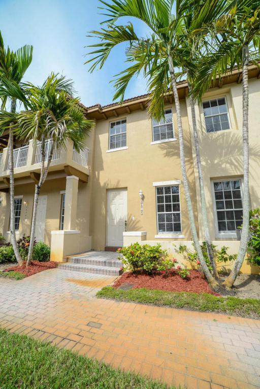 2516 NW 6 Court, Boynton Beach, FL 33426 (#RX-10449188) :: Ryan Jennings Group