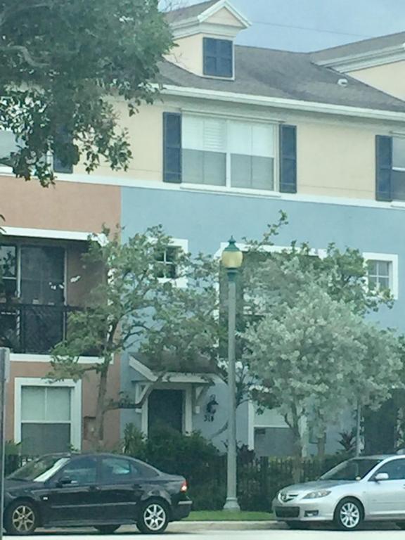 314 NW 1st Street, Delray Beach, FL 33444 (#RX-10450985) :: Ryan Jennings Group