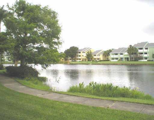 2313 N Congress Avenue #23, Boynton Beach, FL 33426 (#RX-10455562) :: Ryan Jennings Group