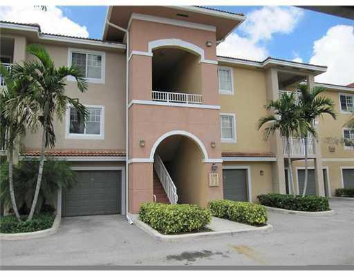 6458 Emerald Dunes Drive #308, West Palm Beach, FL 33411 (#RX-10456000) :: Ryan Jennings Group