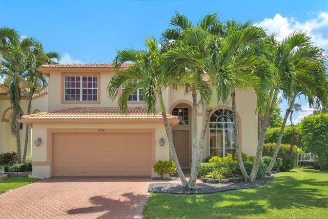 7712 Colony Palm Drive, Boynton Beach, FL 33436 (#RX-10457339) :: The Carl Rizzuto Sales Team