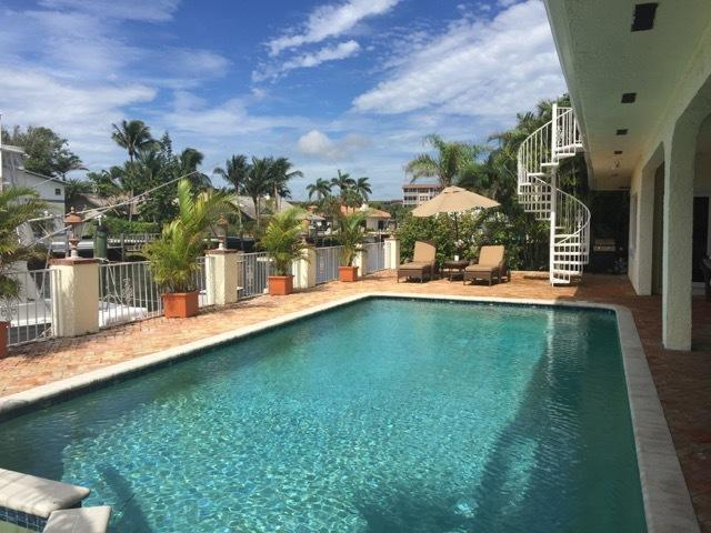 948 Fern Drive, Delray Beach, FL 33483 (#RX-10465885) :: Atlantic Shores