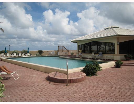 3589 S Ocean Boulevard #2, South Palm Beach, FL 33480 (#RX-10467001) :: Ryan Jennings Group