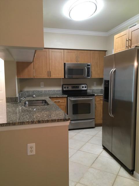 6533 Emerald Dunes Drive #308, West Palm Beach, FL 33411 (#RX-10468350) :: Ryan Jennings Group
