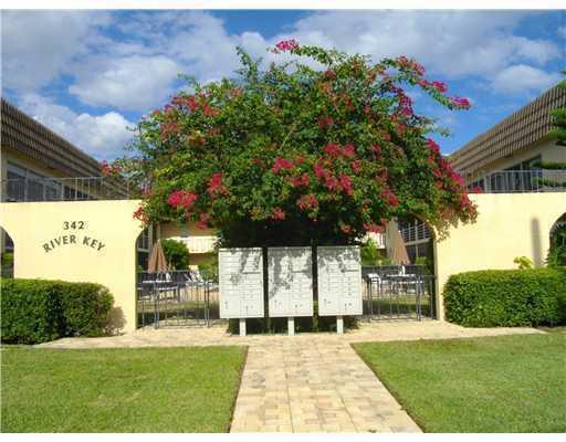 342 Southwind Drive #120, North Palm Beach, FL 33408 (MLS #RX-10468472) :: Castelli Real Estate Services