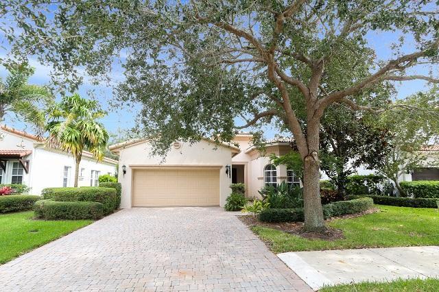 1718 Nature Court, Palm Beach Gardens, FL 33410 (#RX-10471342) :: Ryan Jennings Group