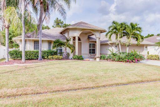 5921 NW Theda Lane, Port Saint Lucie, FL 34983 (#RX-10472057) :: The Reynolds Team/Treasure Coast Sotheby's International Realty
