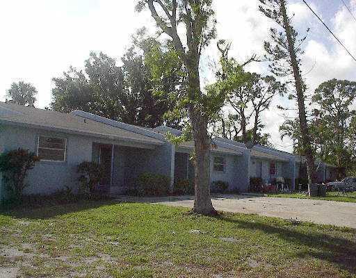 3424 SE Iris Street, Stuart, FL 34997 (#RX-10476683) :: The Reynolds Team/Treasure Coast Sotheby's International Realty