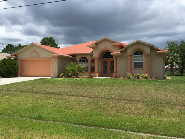 1371 SW Stony Avenue, Port Saint Lucie, FL 34953 (#RX-10479701) :: Ryan Jennings Group