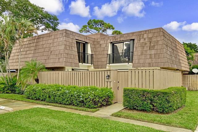 1417 14th Court, Palm Beach Gardens, FL 33410 (#RX-10482355) :: Ryan Jennings Group