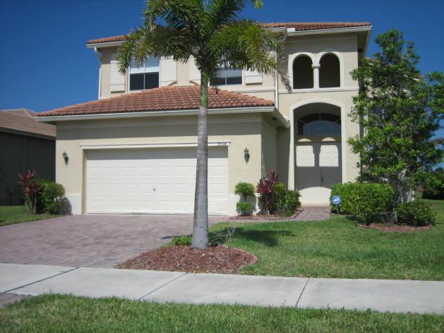5534 Place Lake Drive, Fort Pierce, FL 34951 (#RX-10482818) :: Ryan Jennings Group