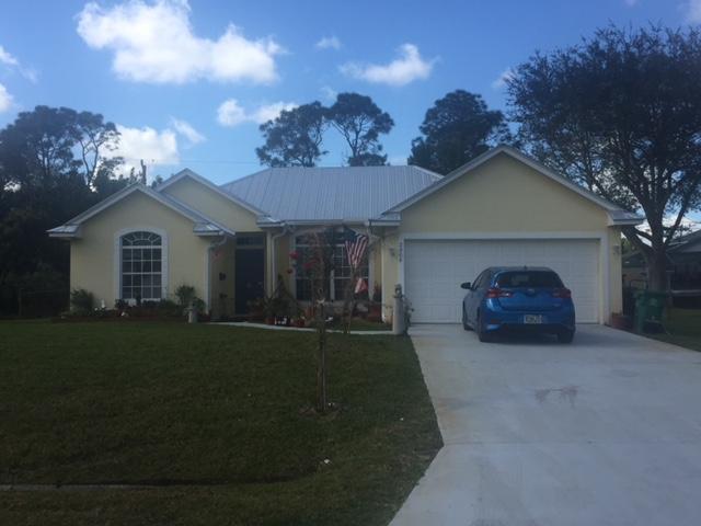 2908 SE Pier Street, Port Saint Lucie, FL 34984 (#RX-10503352) :: The Reynolds Team/Treasure Coast Sotheby's International Realty