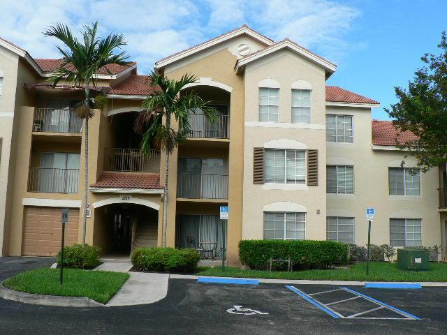 4115 San Marino Boulevard #305, West Palm Beach, FL 33409 (#RX-10505468) :: The Rizzuto Woodman Team